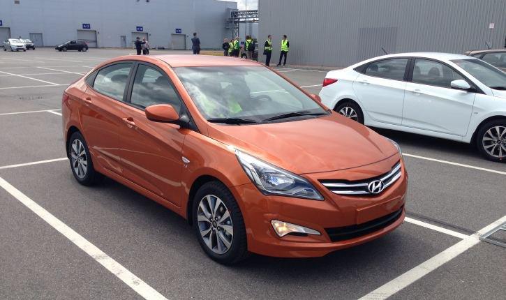 Hyundai Solaris вновь стал самым популярным автомобилем в России