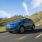 Тойота объявила цены на улучшенный RAV4