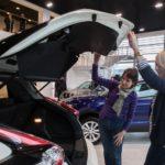 Специалисты пояснили обвал на рынке автомобилей стабилизацией рубля