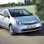 В РФ упал спрос нагибриды Тойота Prius