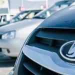 Продажи «АвтоВАЗа» вэтом году упали на30,5%