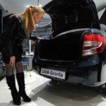 Назван наиболее популярный автомобиль в РФ в 2015г.