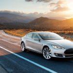 Продажи электромобилей Tesla в РФ задевять месяцев следующего года снизились вдвое