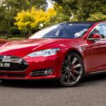 Tesla начнет выпуск авто ссистемой полного автопилота