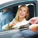 Берем авто напрокат: с водителем или самому за руль?