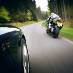 Преимущества мотоциклетного транспорта перед автомобилем
