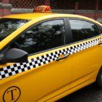 Оклейка автомобиля пленкой под такси: причины необходимости