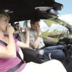 Как удалить сильный запах из автомобиля?
