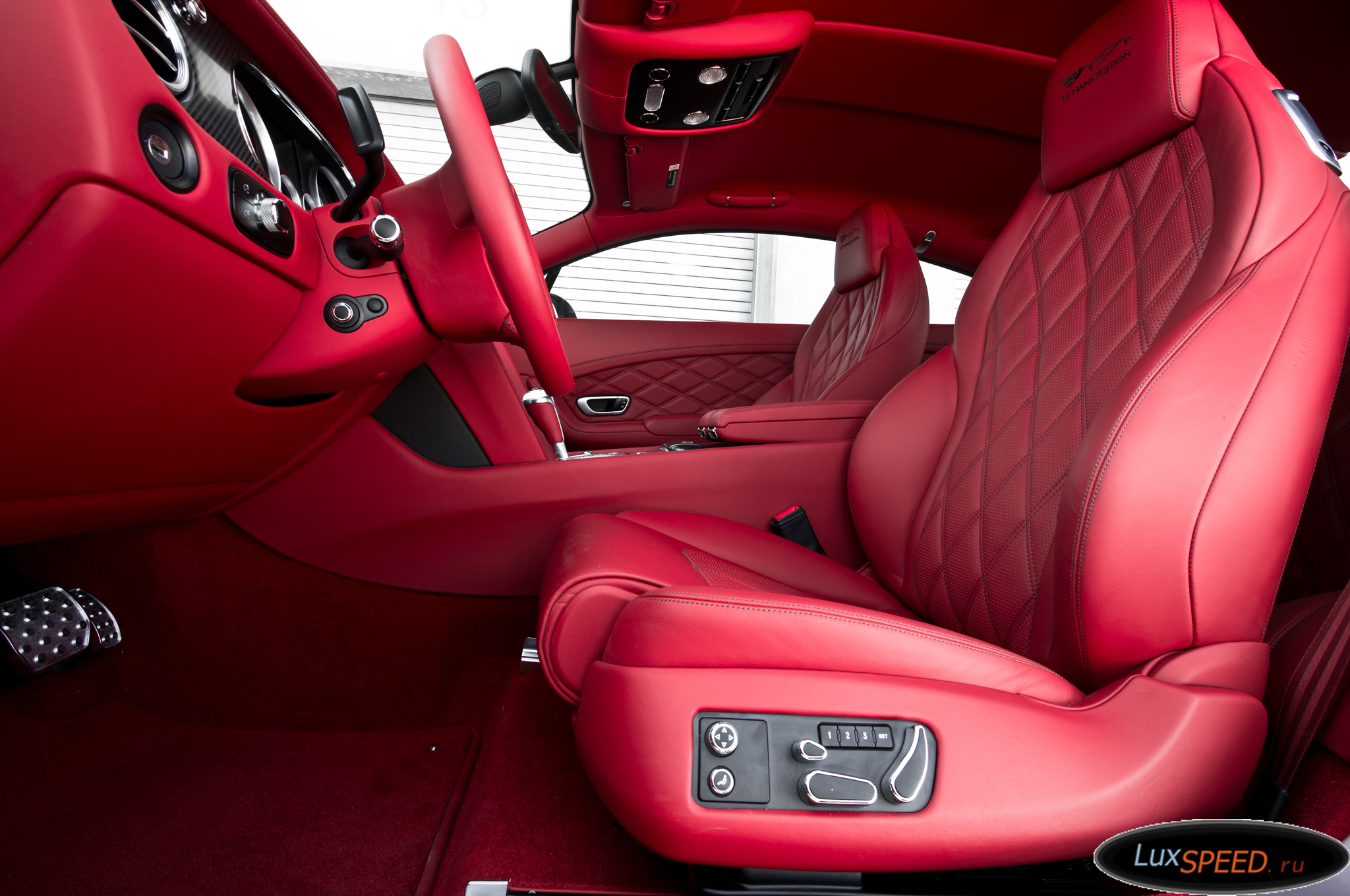 bentley-continental-gt-interior-3